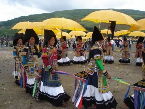 Traditional Costumes for Yi Women